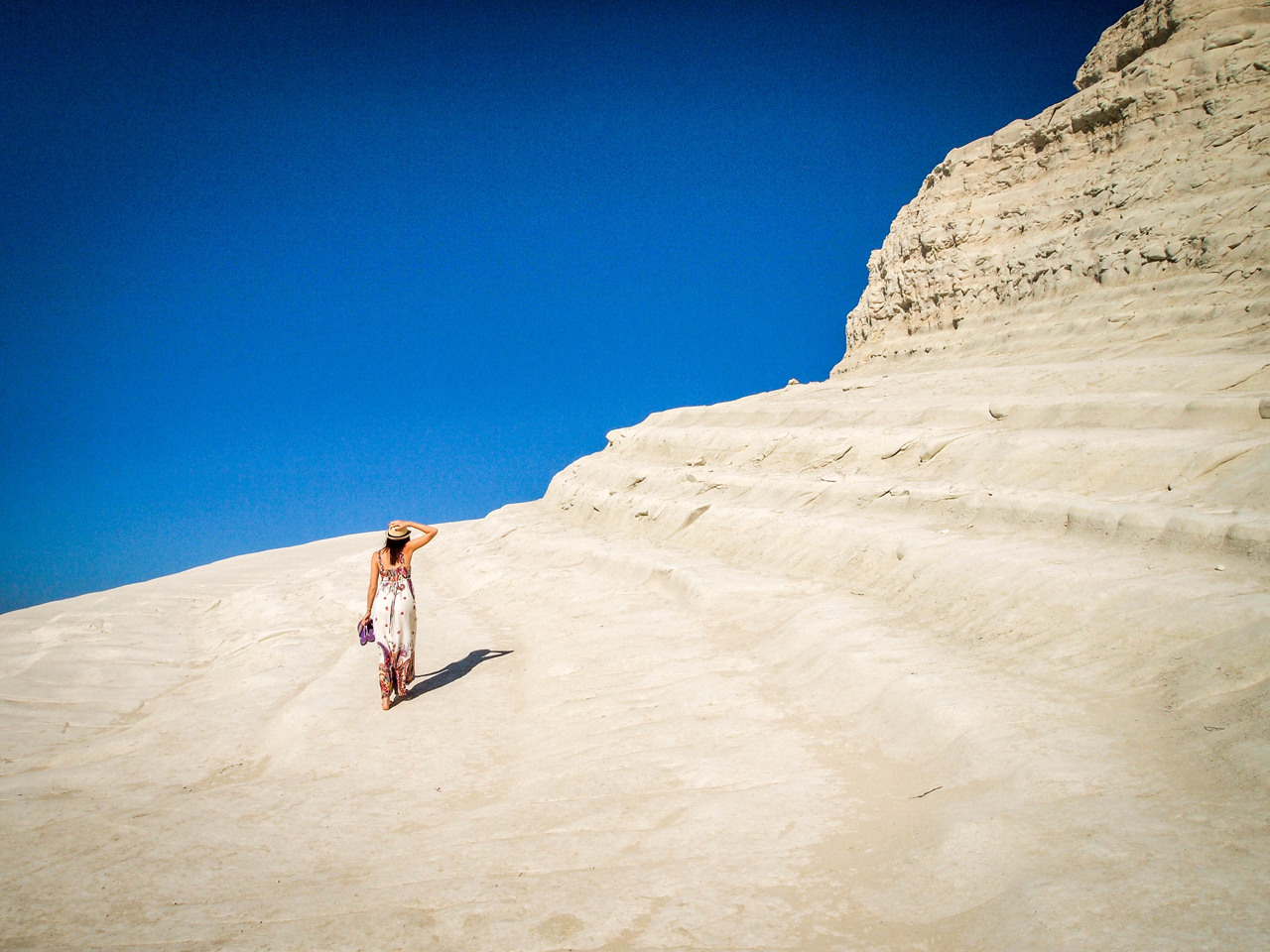 Taking a walk on Scala dei Turchi