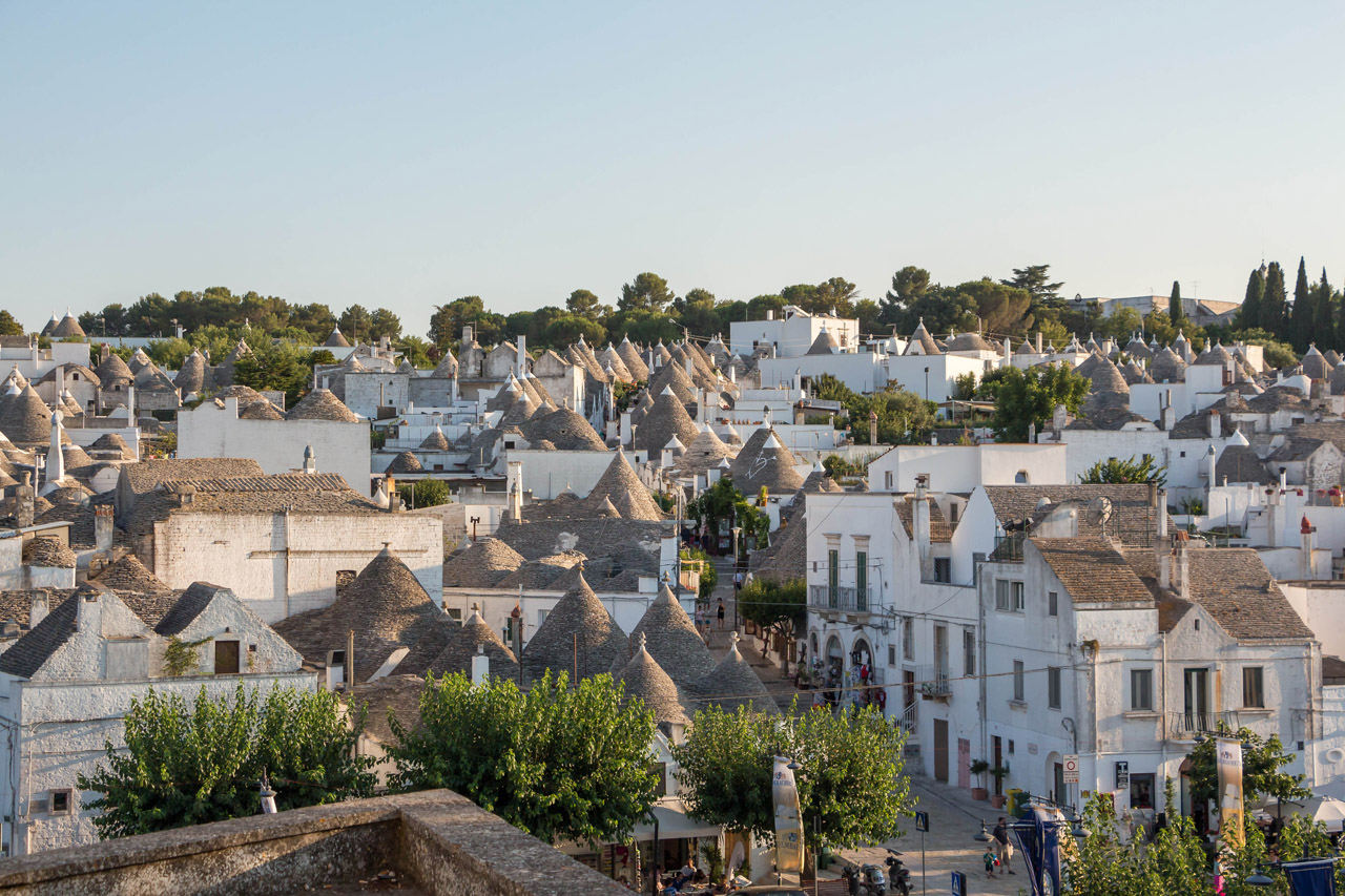 Alberobello-view