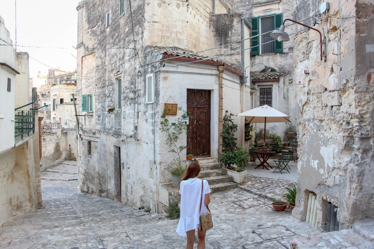 Wandering the streets of Matera in my Cos shirt-dress :)