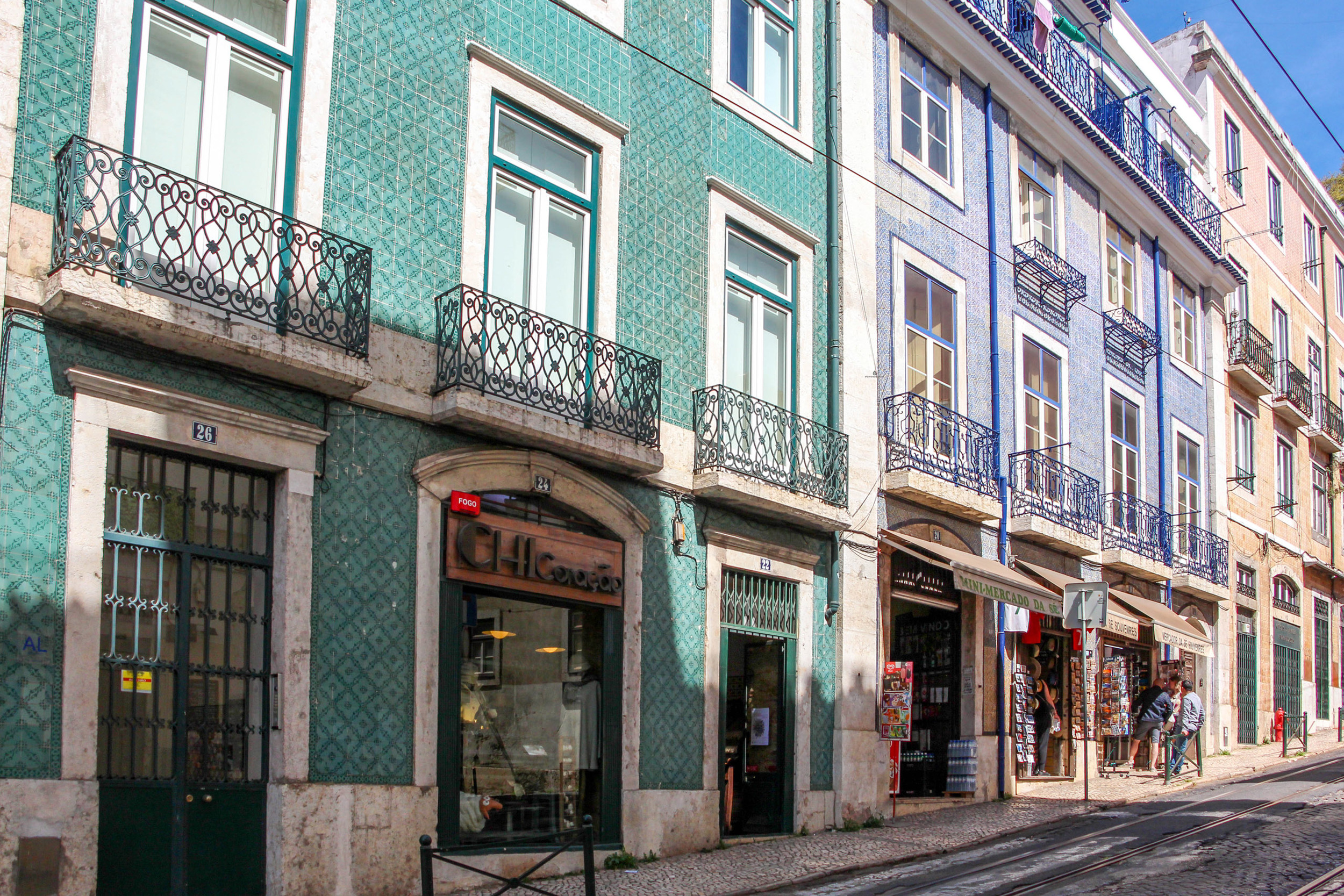 Colorful streets and lovely details of Alfama