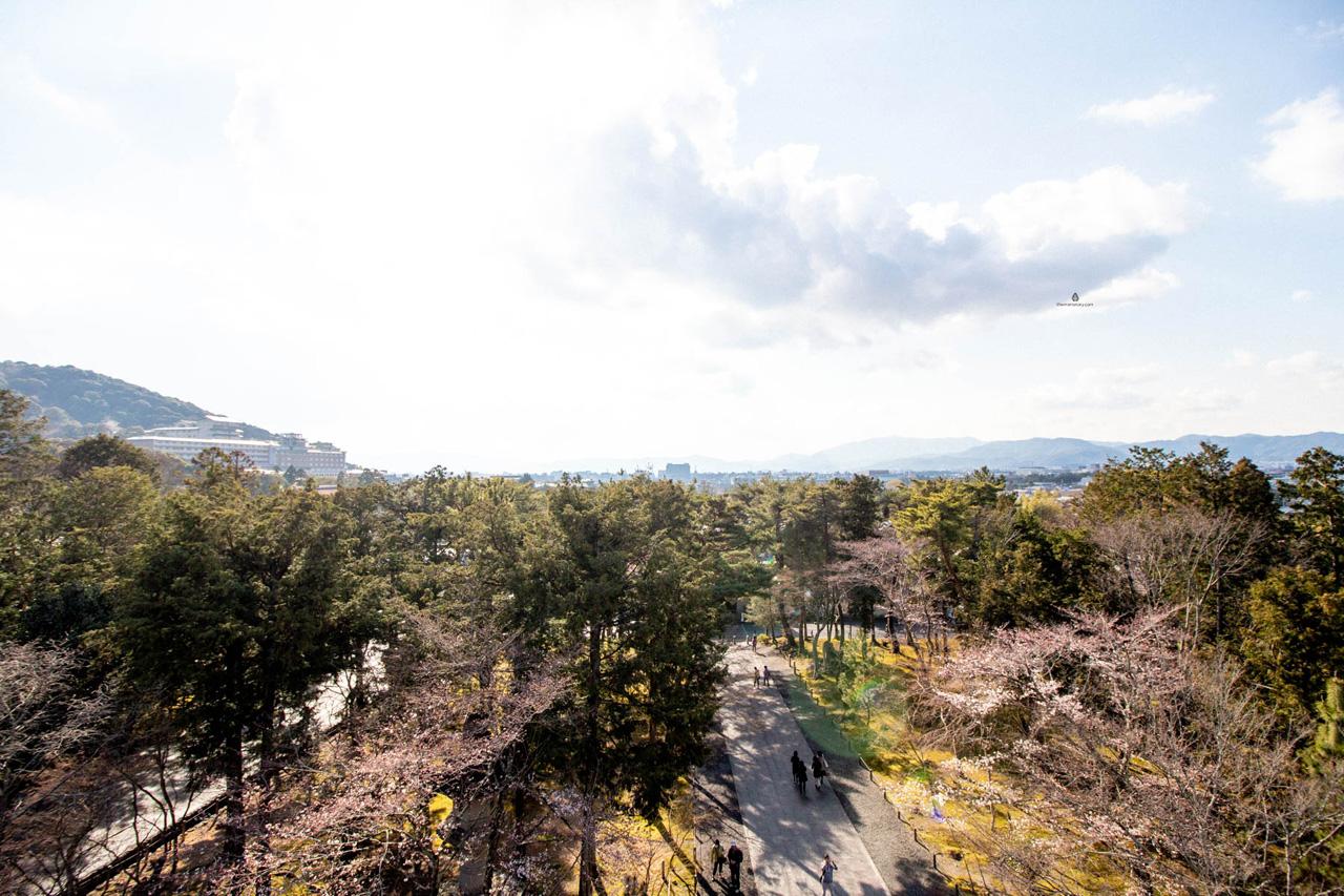 Kyoto-Sanmon-gate-views