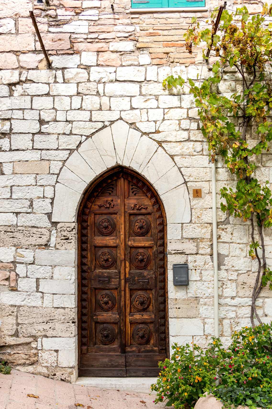 Beautiful doors of Assisi, Umbria