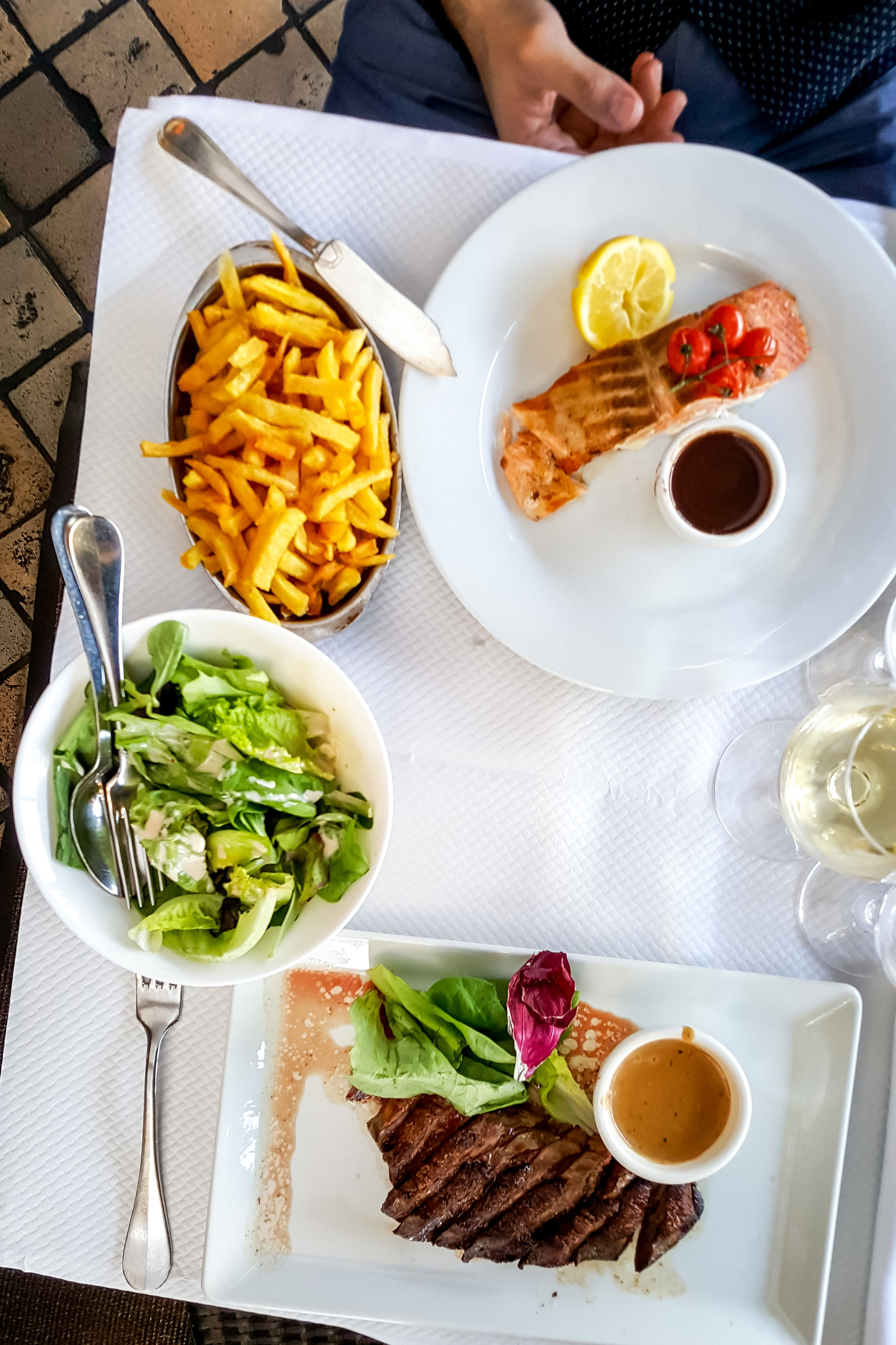 Lunch at Le Noailles
