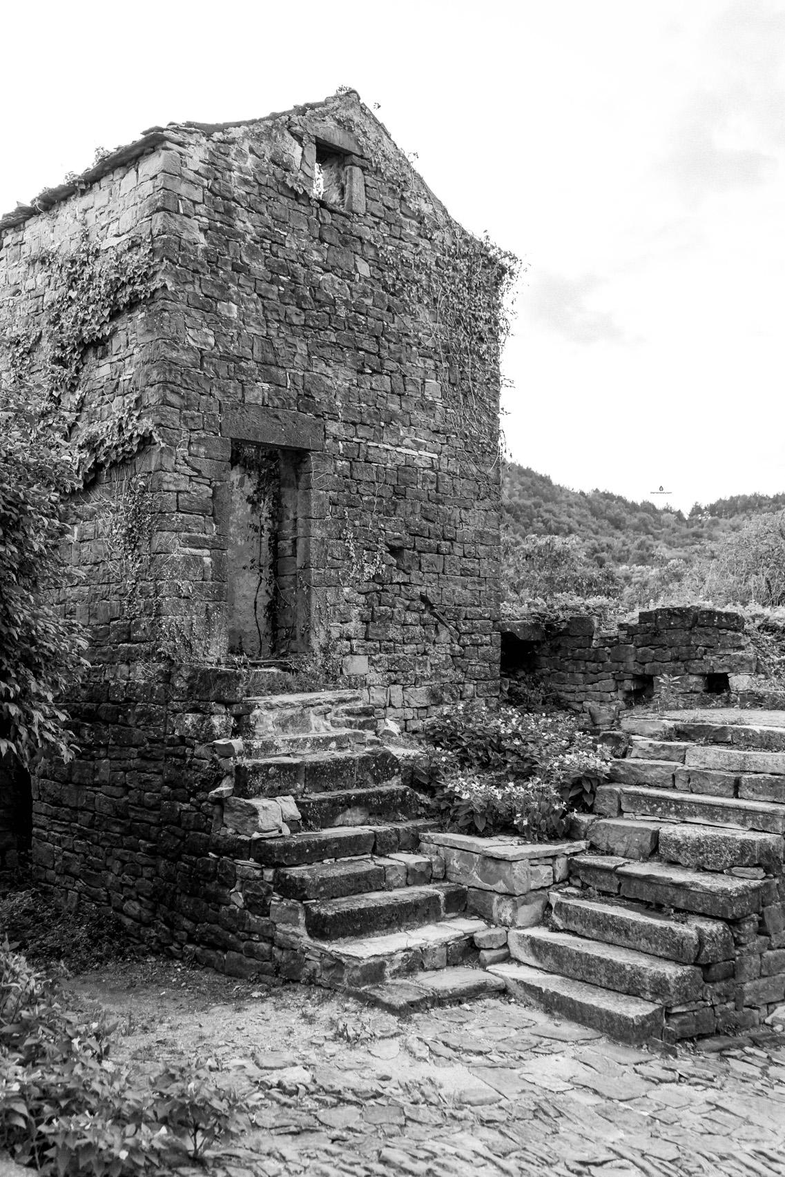 Abandoned houses of Zavrsje, Istria