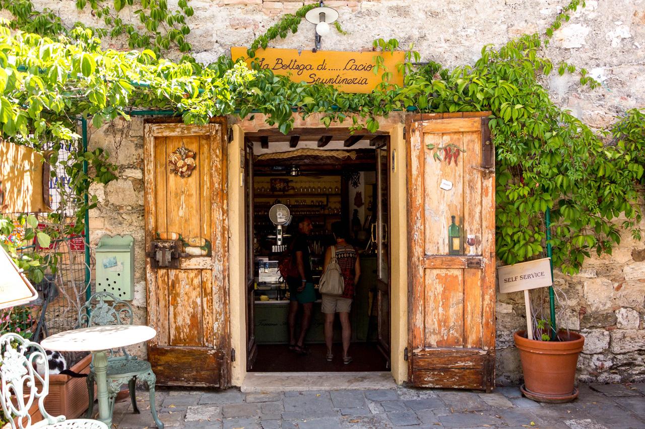 Deli shop in Bagno Vignoni