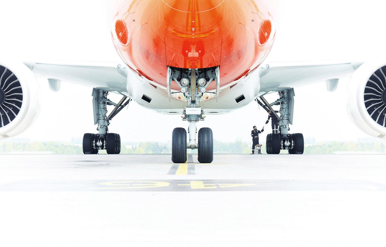 TNT-vliegtuig-onderhoud-hvdh.jpg