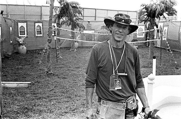 Jerry, the garden builder.STUNICGLAST013
