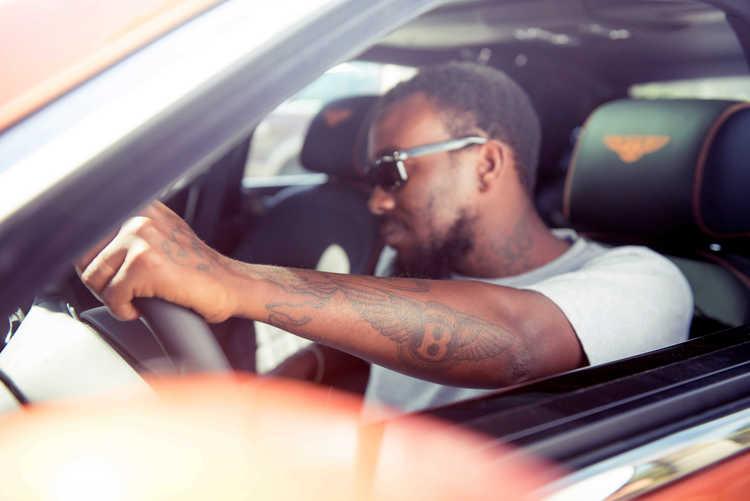 bentley-mulsanne-driver-gangster-tattoo.JPG