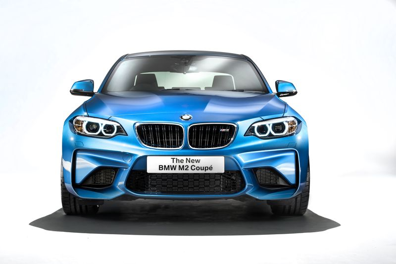 car-photographer-james-lipman-BMW-M2-production-artists-legends_02.jpg