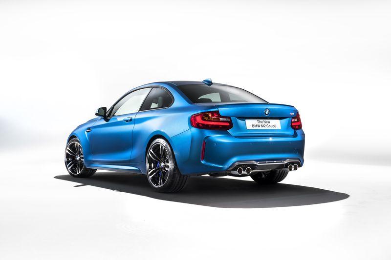 car-photographer-james-lipman-BMW-M2-production-artists-legends_04.jpg