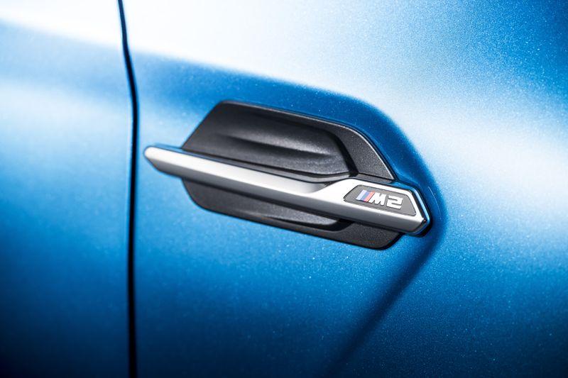 car-photographer-james-lipman-BMW-M2-production-artists-legends_08.jpg