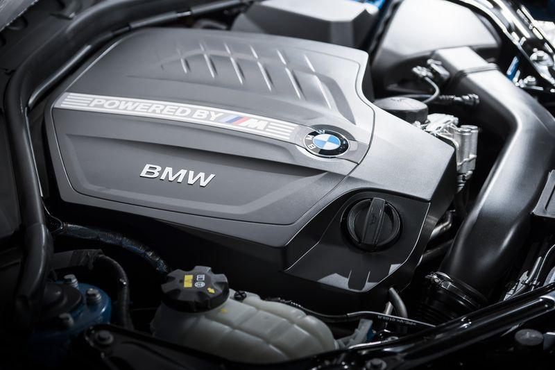 car-photographer-james-lipman-BMW-M2-production-artists-legends_10.jpg