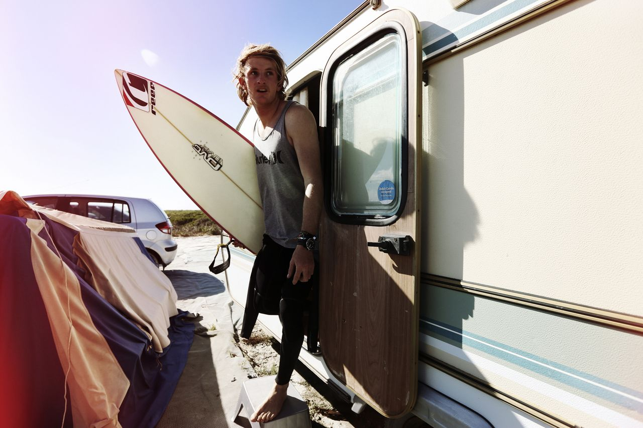 artists-legends-stephen-greeff-lifestyle-surf-2.jpg
