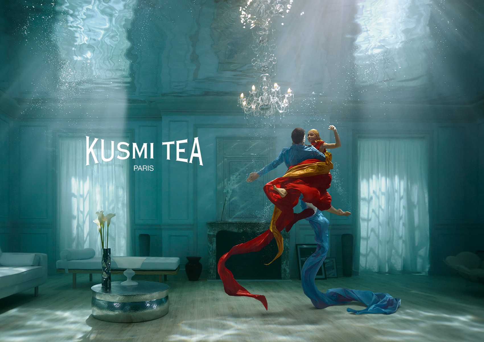 Kusmi_Tea_Prince_Wladimir_Underwater_Advertising.jpg