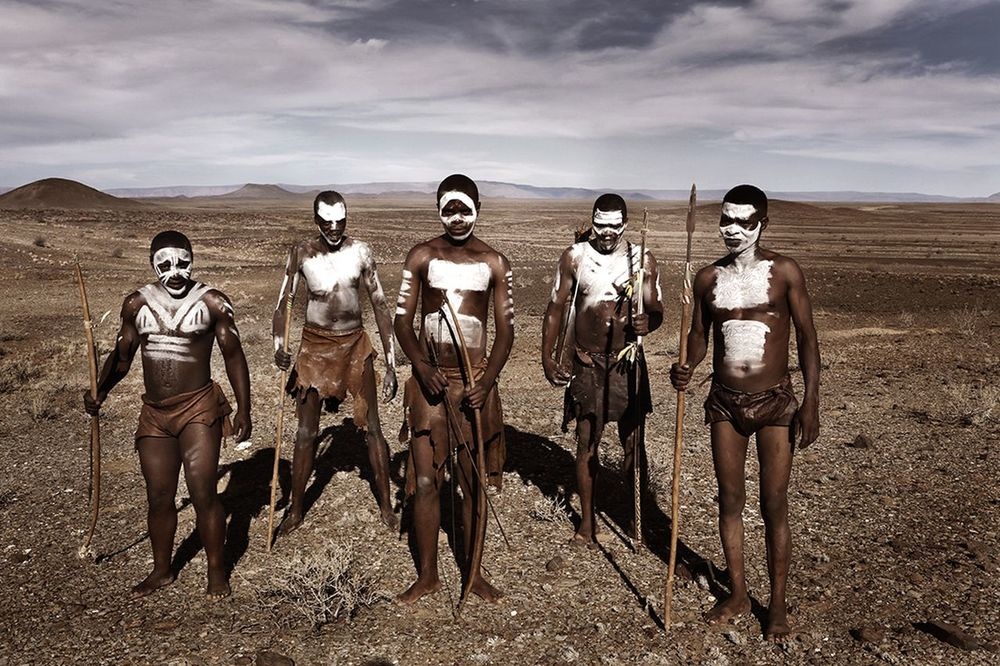 stephen-greef-fashion-lifestyle-photography-awakening-editorial-artists-legends-africa_03_result.jpg
