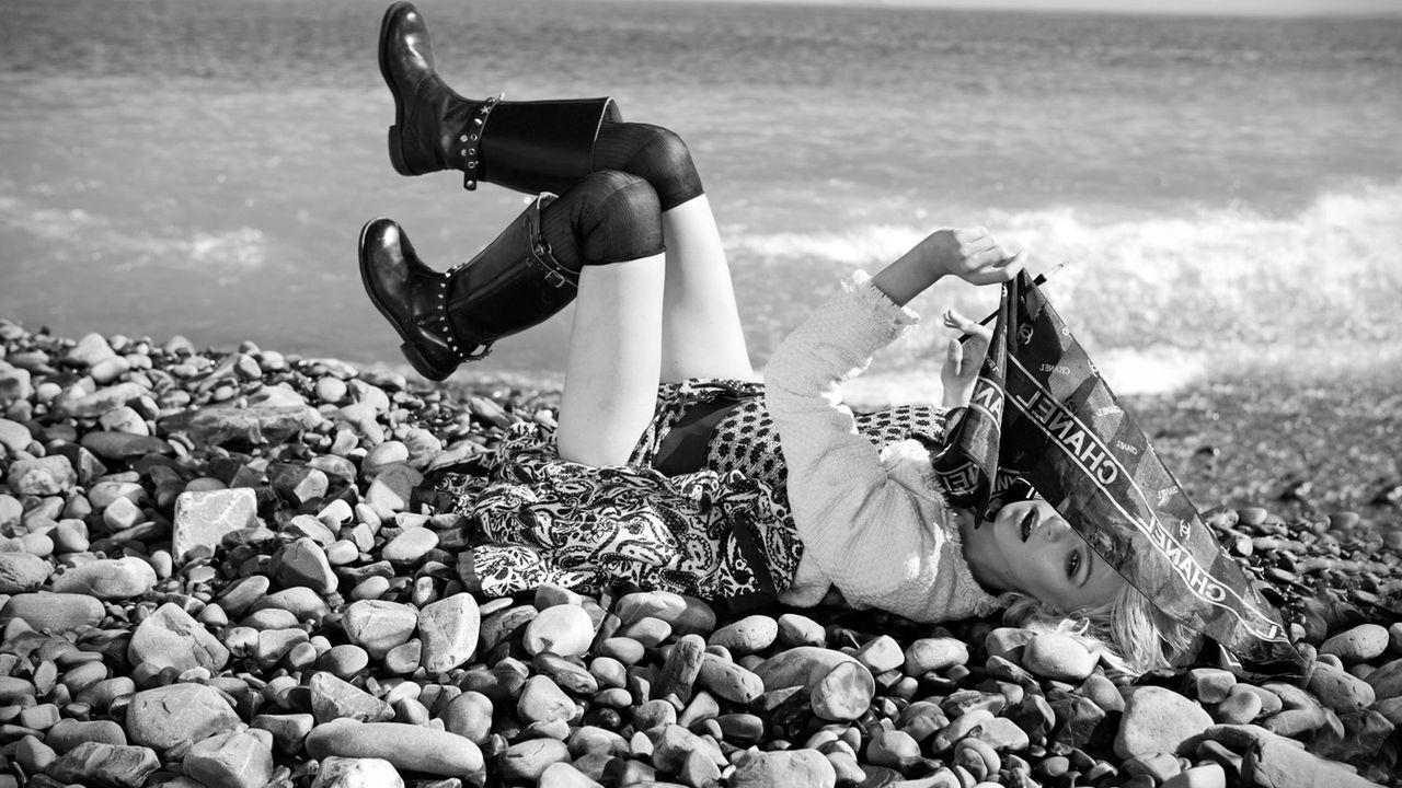 20-lying-on-the-beach+copy_result.jpg