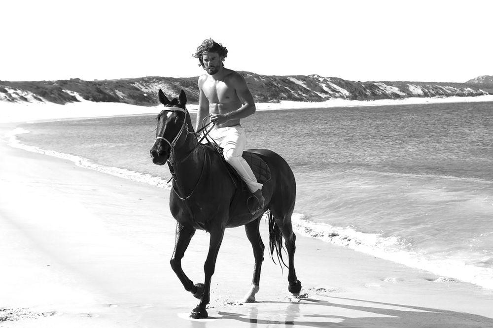stephen-greef-fashion-lifestyle-photography-kult-men-horse-editorial-artists-legends-production_02_result.jpg