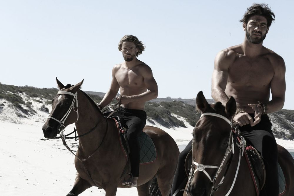 stephen-greef-fashion-lifestyle-photography-kult-men-horse-editorial-artists-legends-production_04_result.jpg