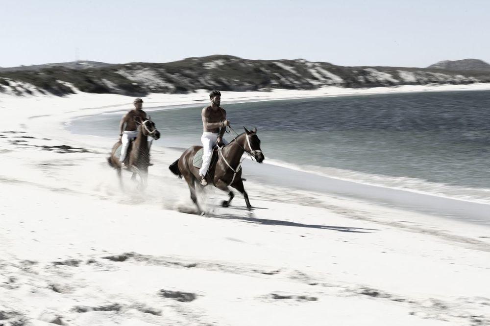 stephen-greef-fashion-lifestyle-photography-kult-men-horse-editorial-artists-legends-production_05_result.jpg