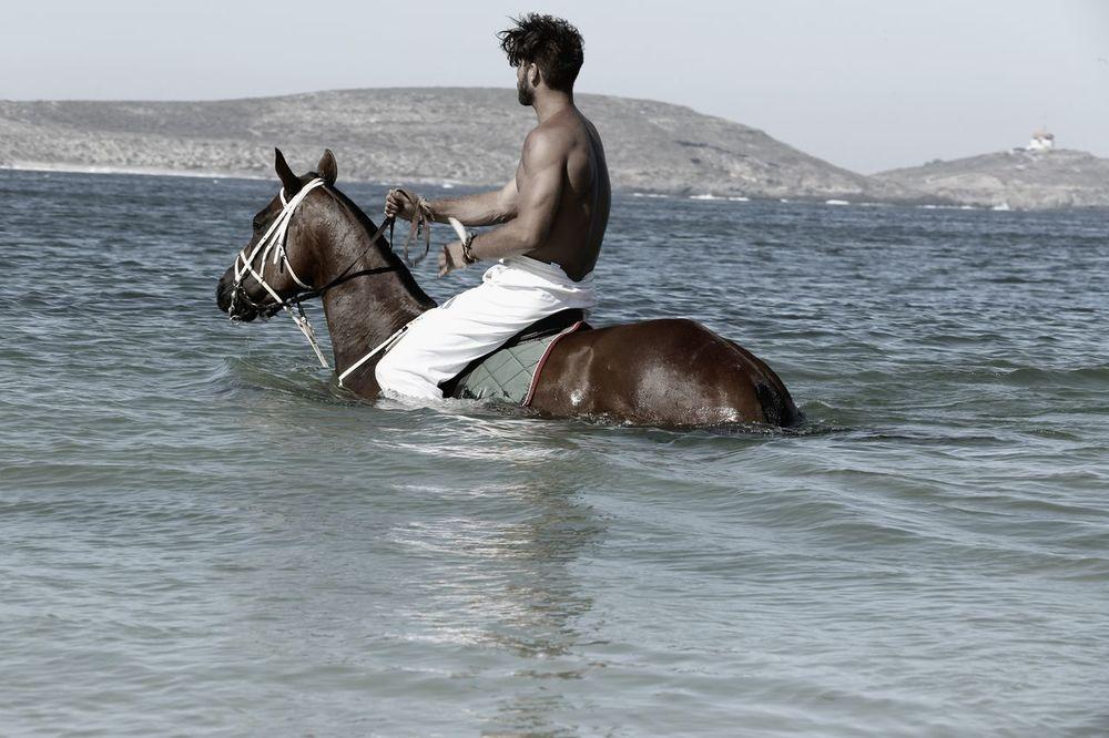 stephen-greef-fashion-lifestyle-photography-kult-men-horse-editorial-artists-legends-production_14_result.jpg