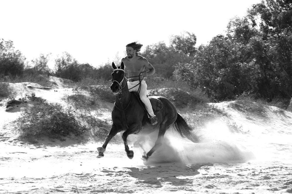 stephen-greef-fashion-lifestyle-photography-kult-men-horse-editorial-artists-legends-production_17_result.jpg