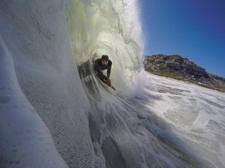 Surf-Photography-Naude-Heunis-Artists-Legends.jpg