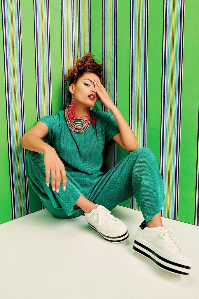 Stan-Kaplan-Fashion-Photography-Artists-Legends_02_result.jpg