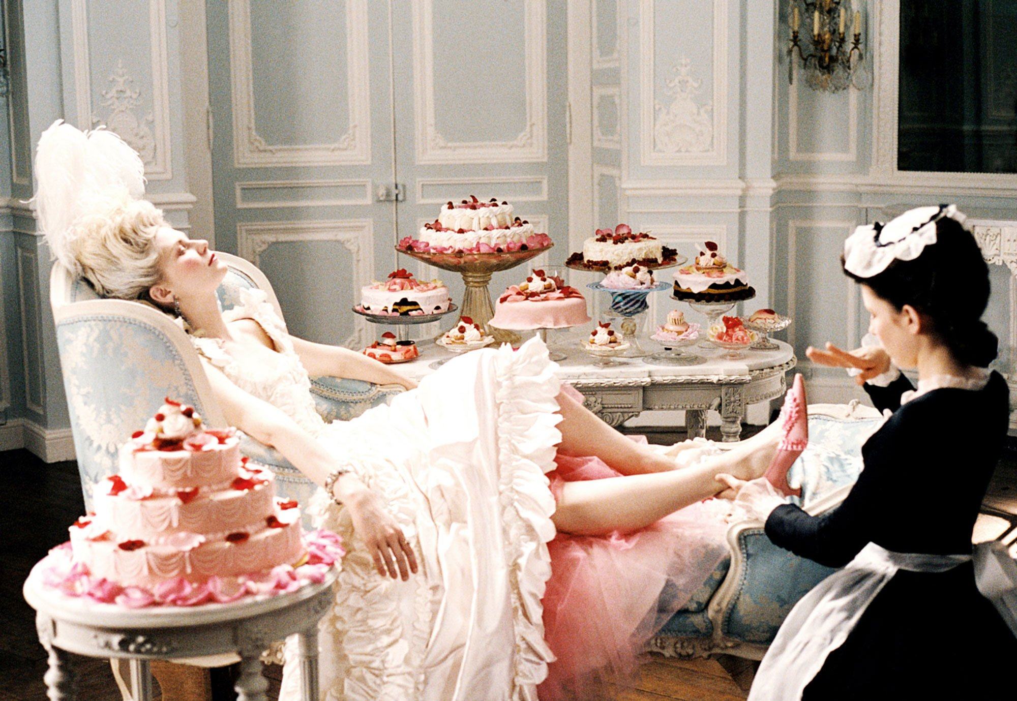 03-movie-feast-marie-antoinette.jpeg