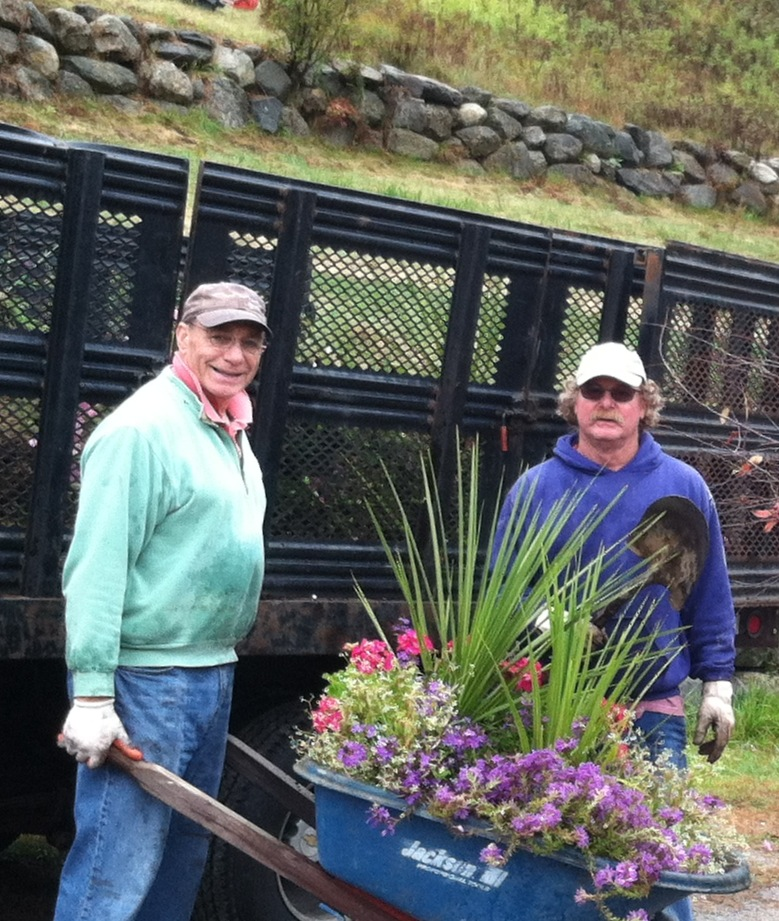 LSPA fall cleanup w volunteers Tom Mickle and Tom Hill..jpg