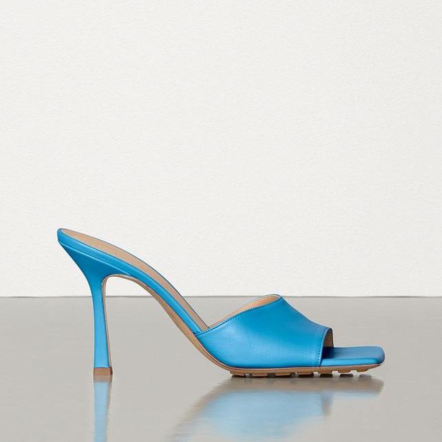 BOTTEGA_VENETA_stretch_sandal.jpg