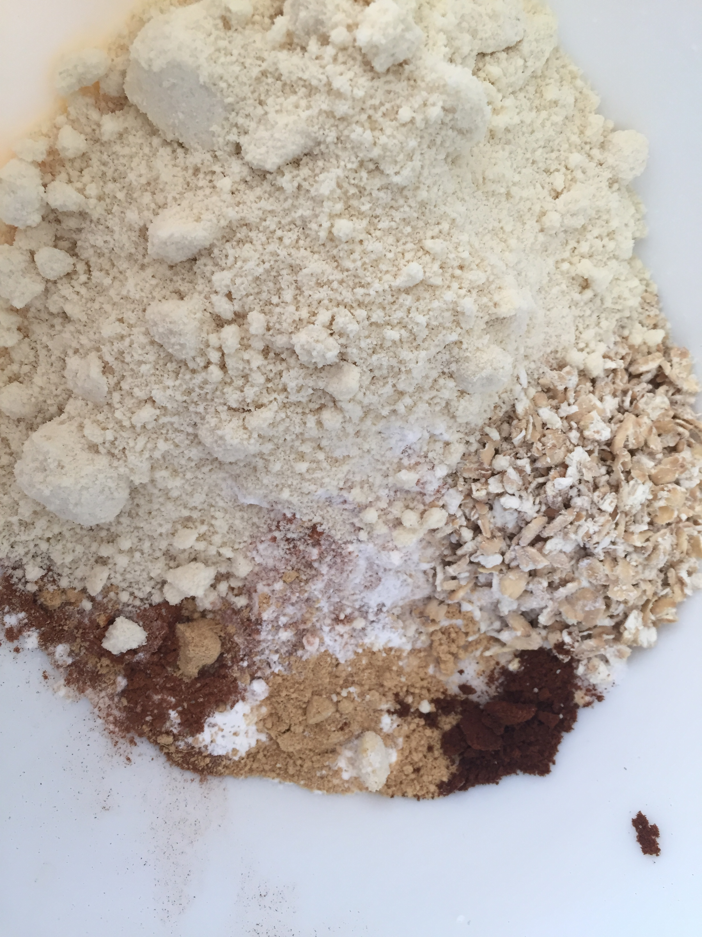 Almond meal/almond flour, spices, oats, and gluten-free flour.