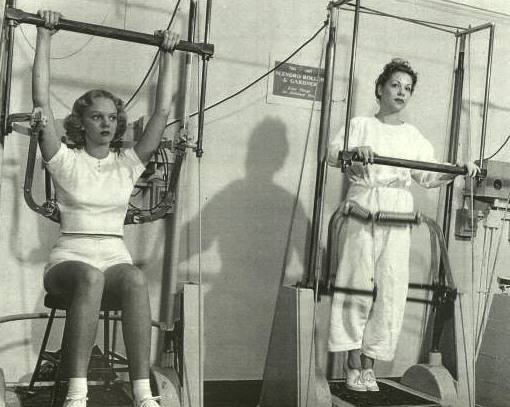 vintage_exercise_equipment_08.jpg
