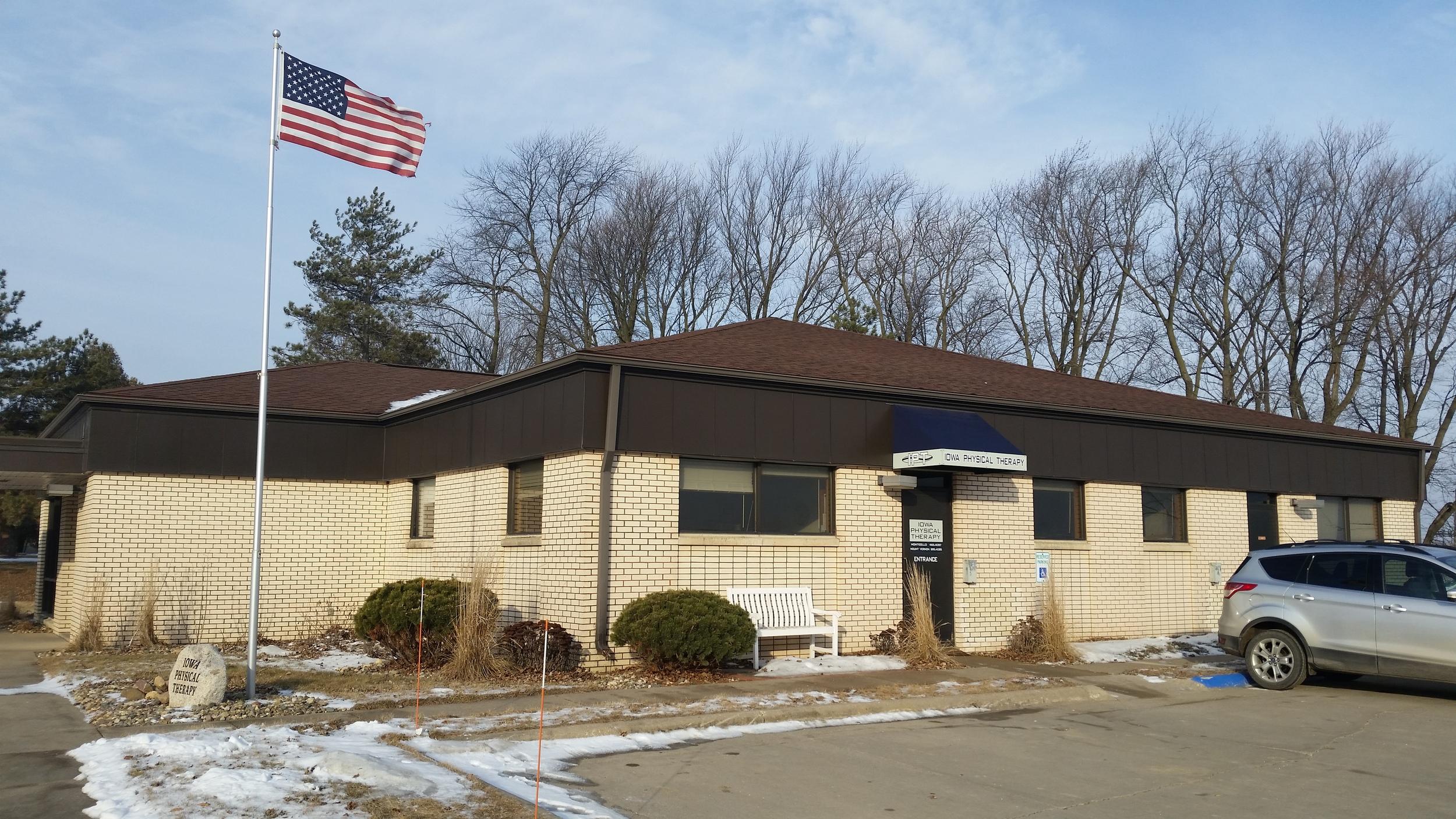 Monticello-Clinic