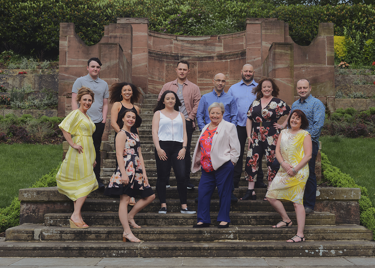 family-big-portrait-photography-lifestyle-outdoor-rochdale_27.jpg