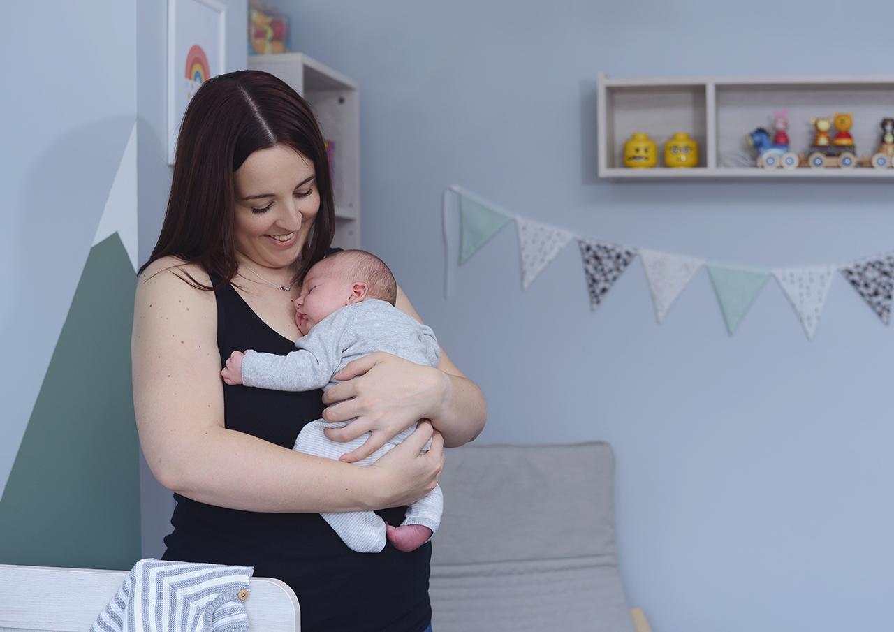 newborn-lifestyle-at-home_24.jpg