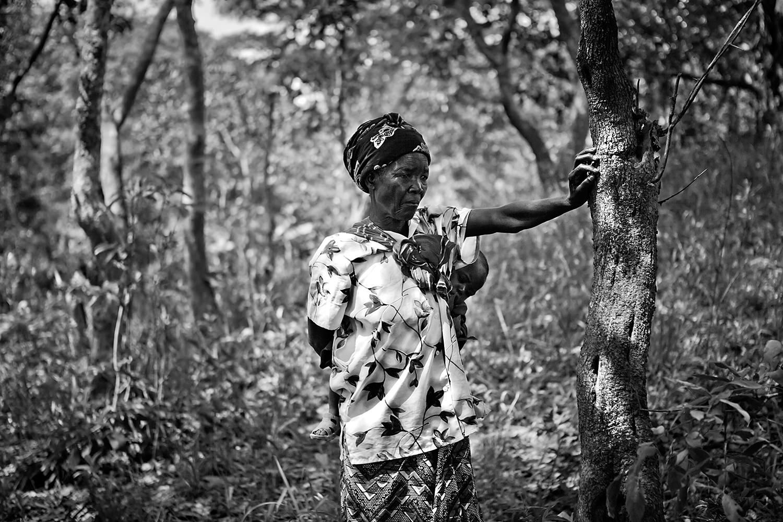 African funeral 004.jpg