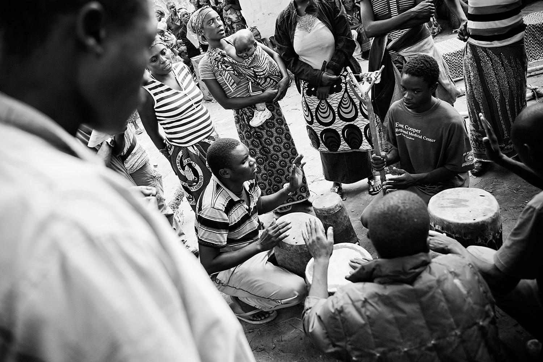African funeral 009.jpg