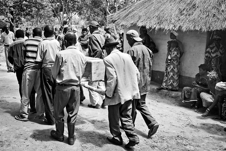African funeral 017.jpg