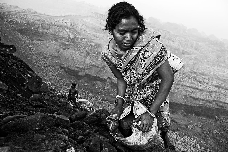 Jharia Mining by Edgard De Bono