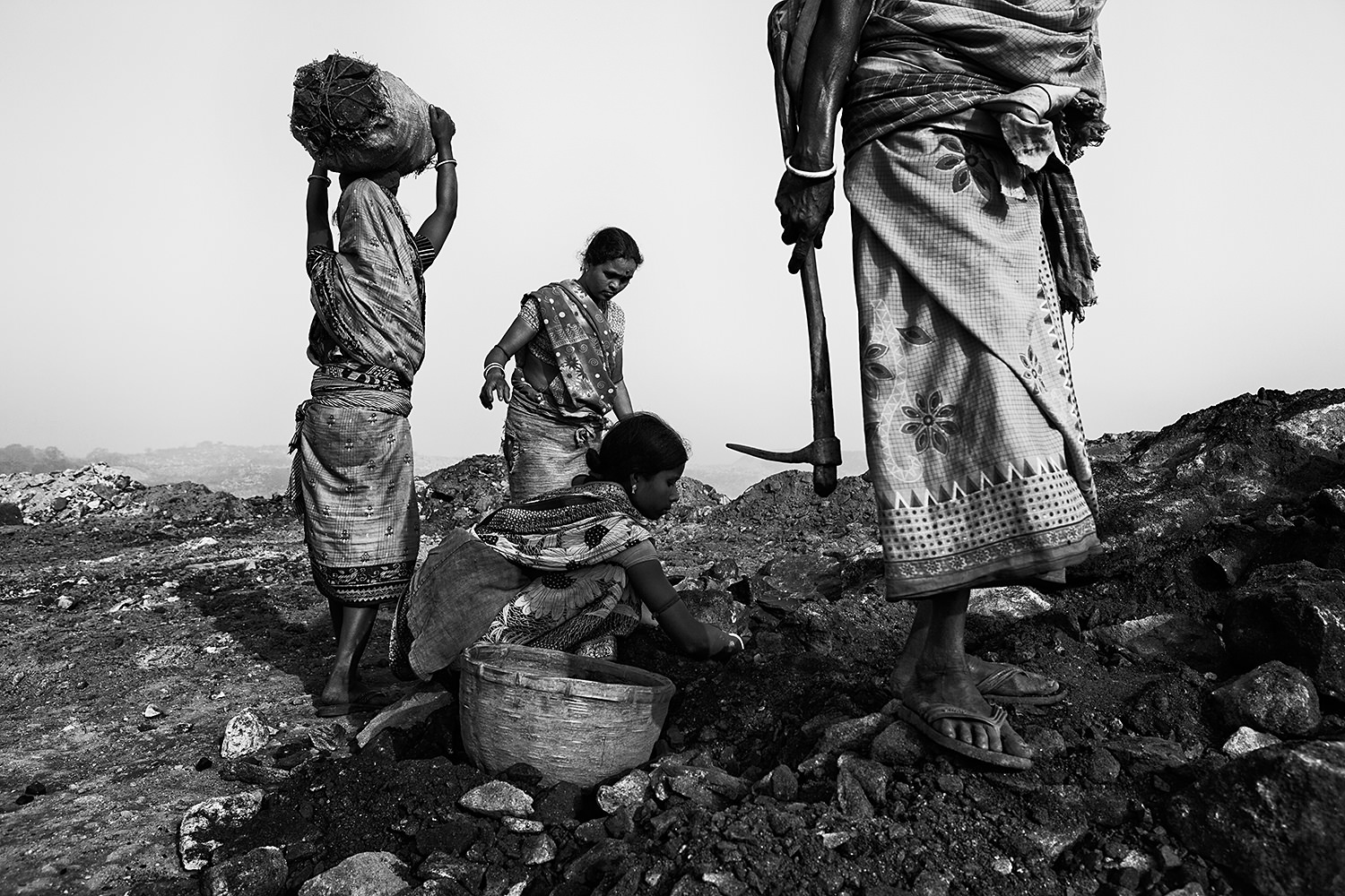 Jharia Mining - Four generations of women working in a coal mine