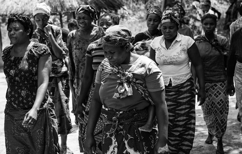 Funeral in Zambia2.jpg