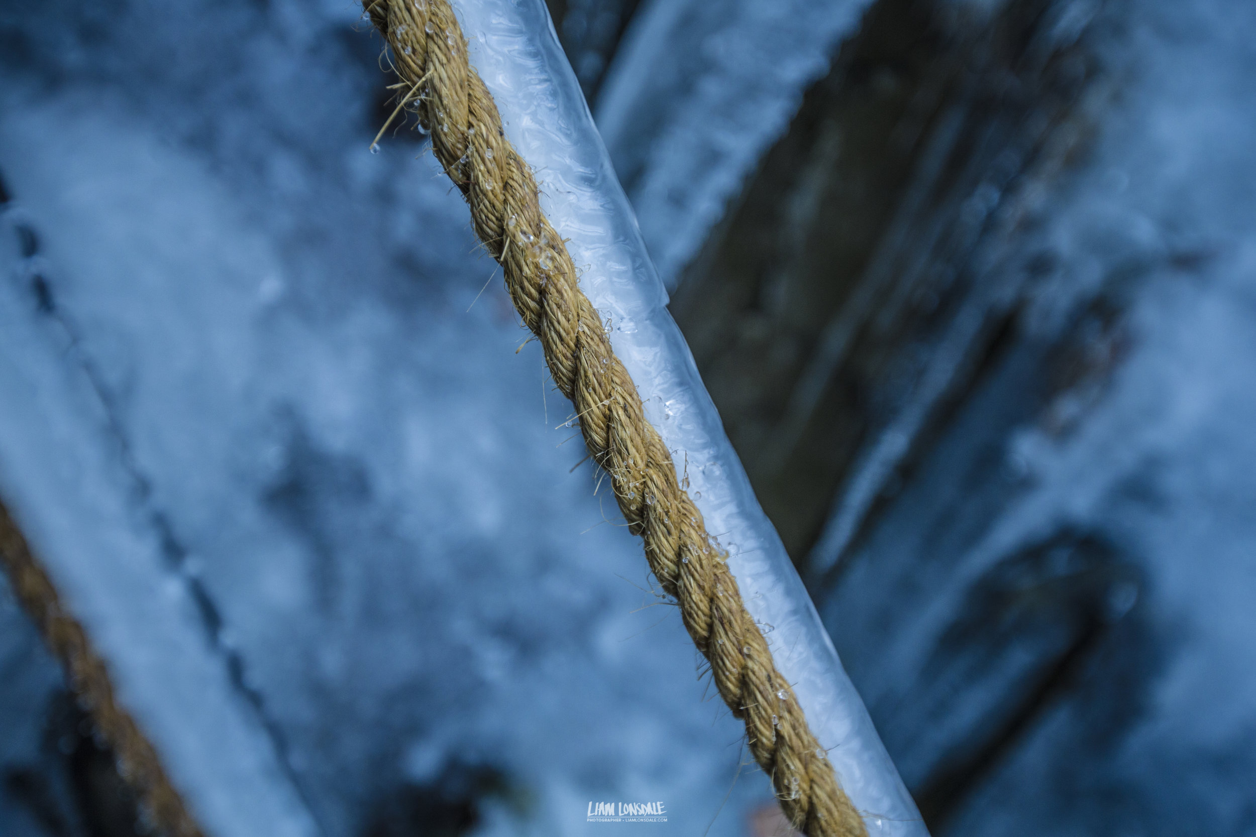 Weird formations of ice on rope © L LONSDALE 2017