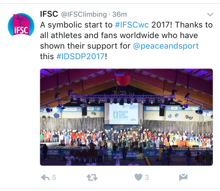 A tweet from the IFSC, showing all of the athletes supporting the Peace & Sport cause. No mention of the 'red card' protest that took place.