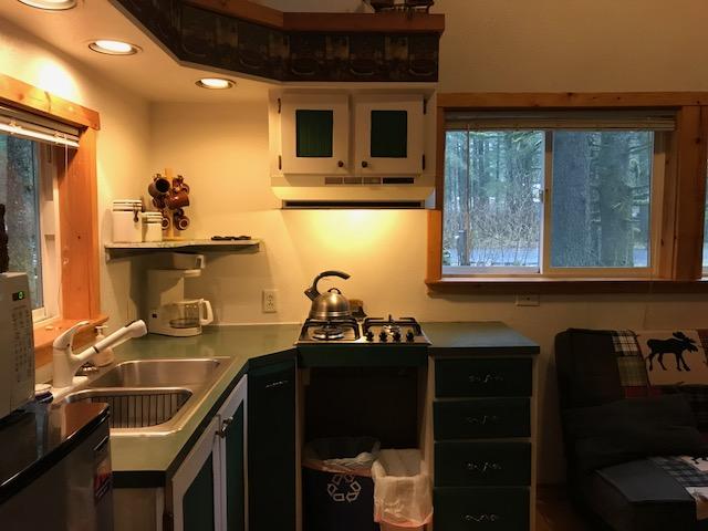 1. kitchen.jpg