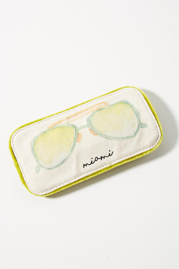 https://www.anthropologie.com/shop/city-themed-glasses-case?category=SEARCHRESULTS&color=004