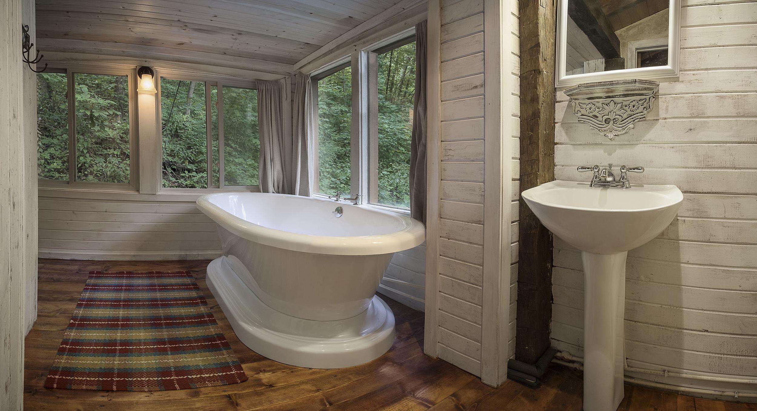 hillside bath.jpg