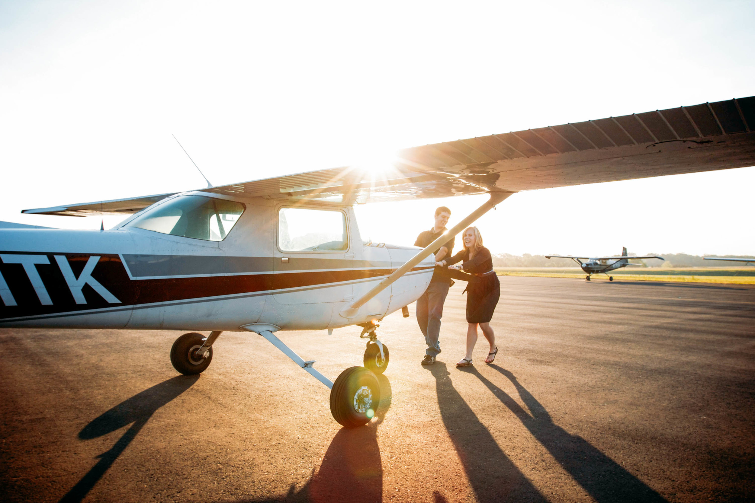 Wedding-Photographer-Engagement-Portrait-Maddie-and-Jared-Plane.jpg