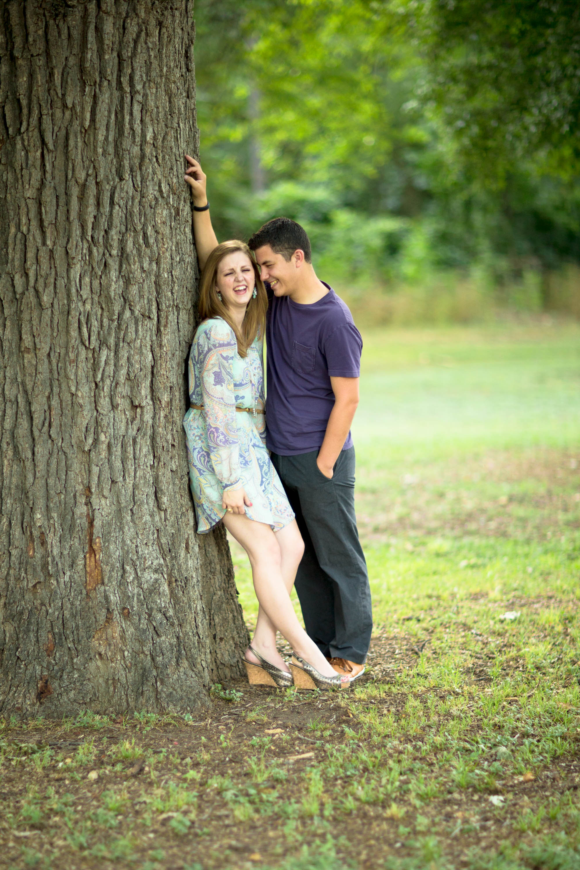 Wedding-Photographer-Dallas-Engagement-Portrait-Amanda-Robby-Tree.jpg