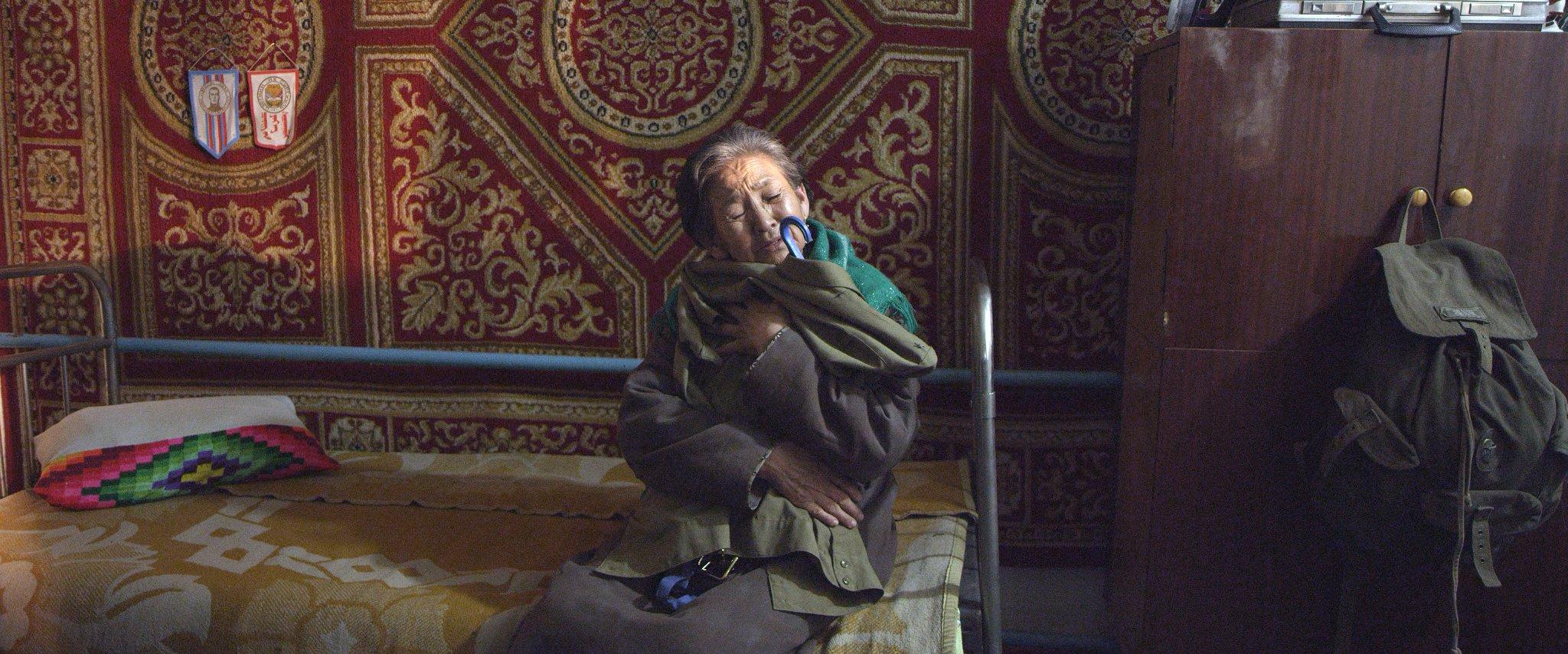 Мать - Монголия