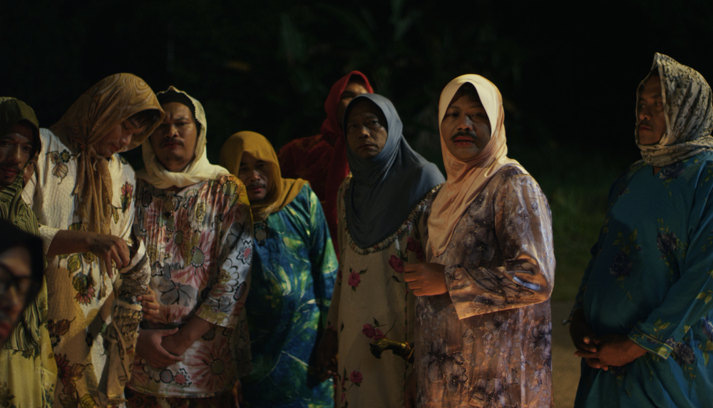 Malaysia -  Men Who Save The World - Liew Seng Tat  Official Oscars Submission for Foreign Language Film Award  Official Golden Globe Submission for Best Foreign Language Film Award   http://www.asianworldfilmfest.org/menwhosavetheworld